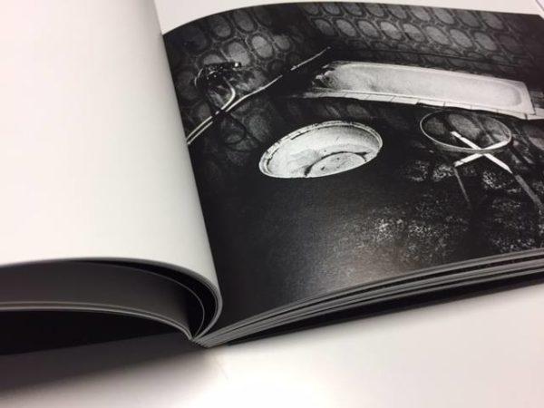 Livre photographique H de Gregory Dargent chez Saturne Éditions